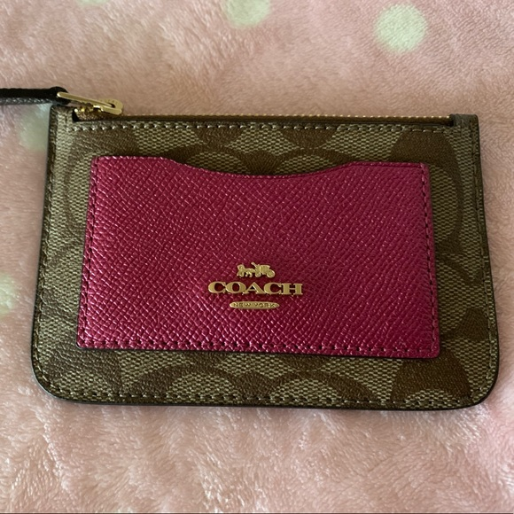 Coach Handbags - COACH Zip Top Card Case In Colorblock NWT